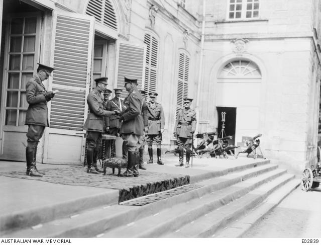 Annoblissement du Général Monash par le Roi George V